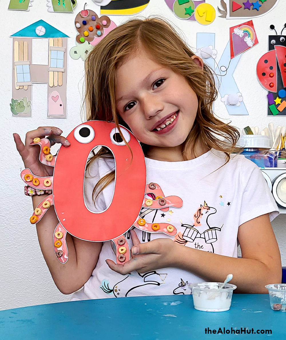 Alphabet Letter Crafts - Letters O - free printables 4 by the Aloha Hut