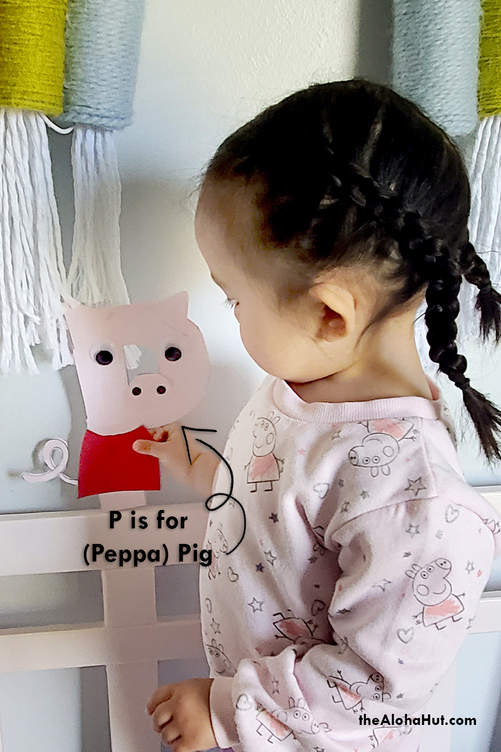Alphabet Letter Crafts - Letters P- free printables 2 by the Aloha Hut