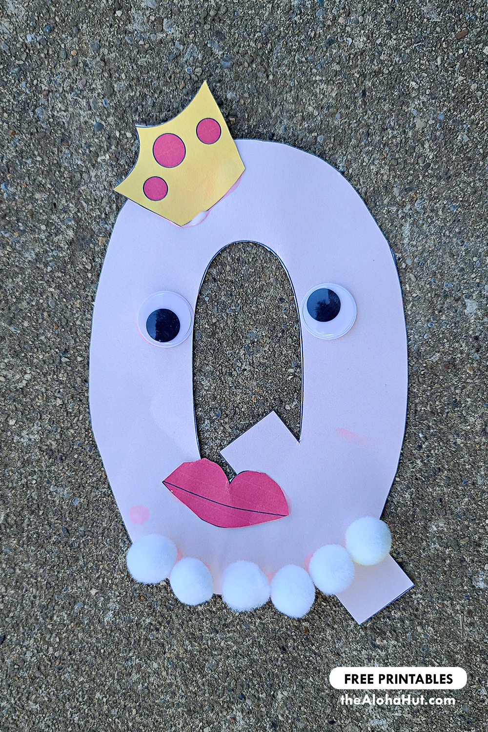 Alphabet Letter Crafts - Letters Q- free printables 2 by the Aloha Hut