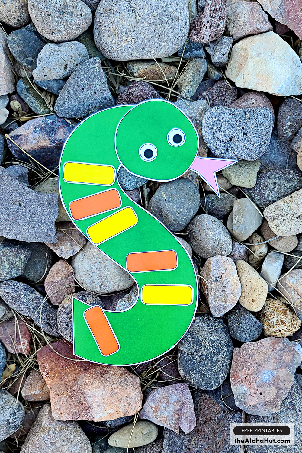 Alphabet Letter Crafts - Letter S - free printables 2 by the Aloha Hut